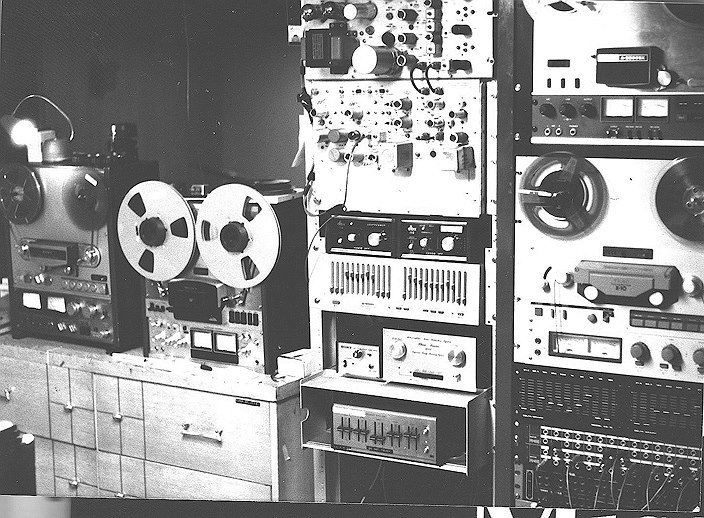 bob's old set-up_____